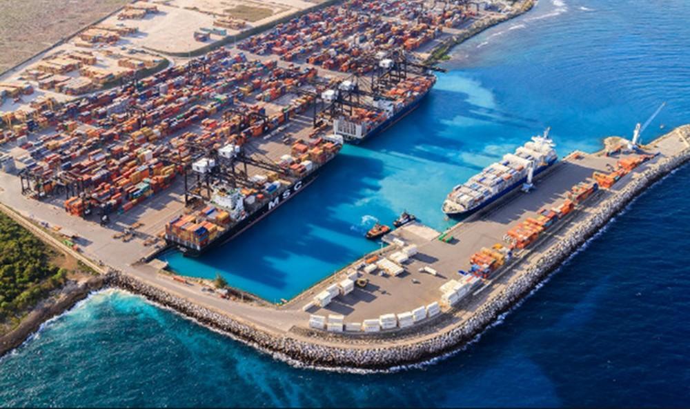多米尼加考塞多港扩建项目